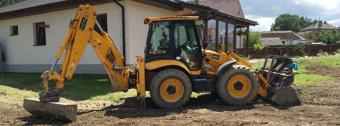 Zemní práce JCB 4CX